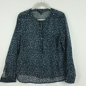 Limited blue blouse with tiny white hearts print
